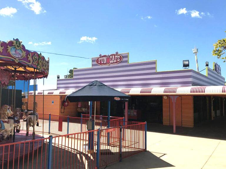 Theme Park 03