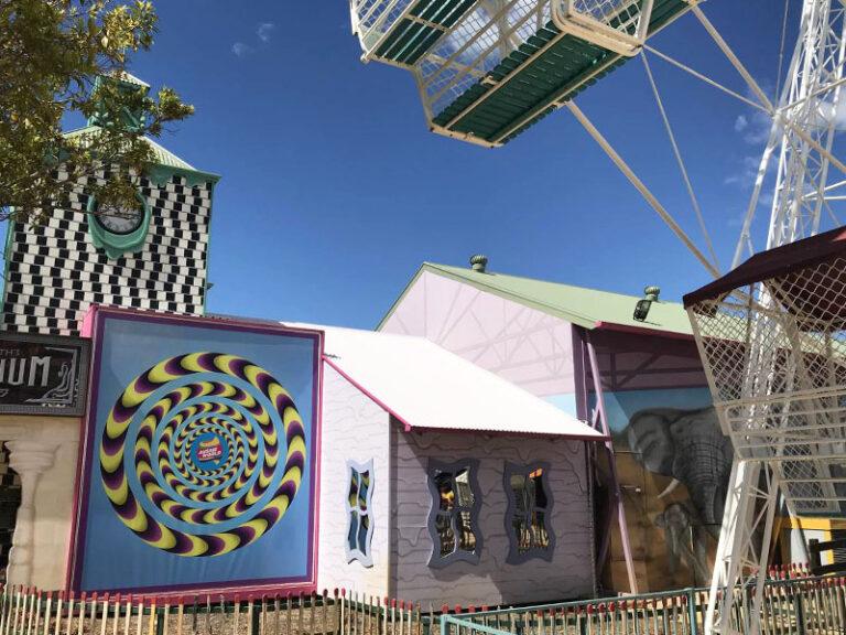 Theme Park 07