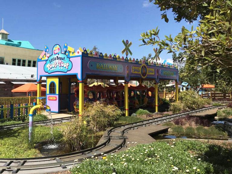Theme Park 09